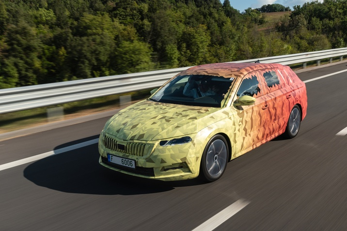 New_Skoda_octavia_covered_drive-1_small