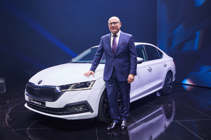 191111-new-skoda-octavia-world-premiere-in-pictures-1